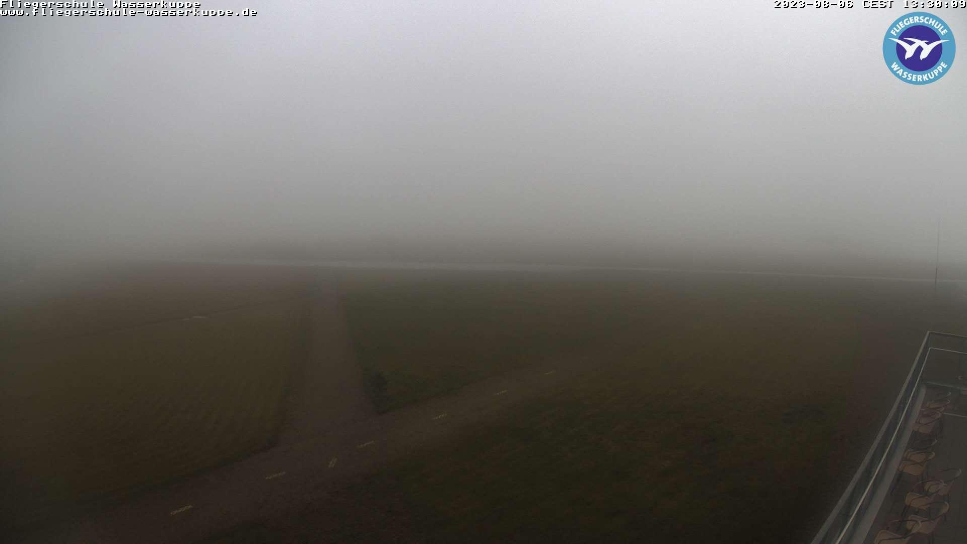 Webcam auf der Wasserkuppe mit Blick auf das Flugfeld
